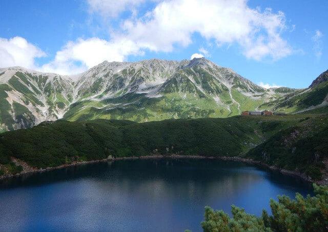富山の観光ガイドが人気のスポットをご案内